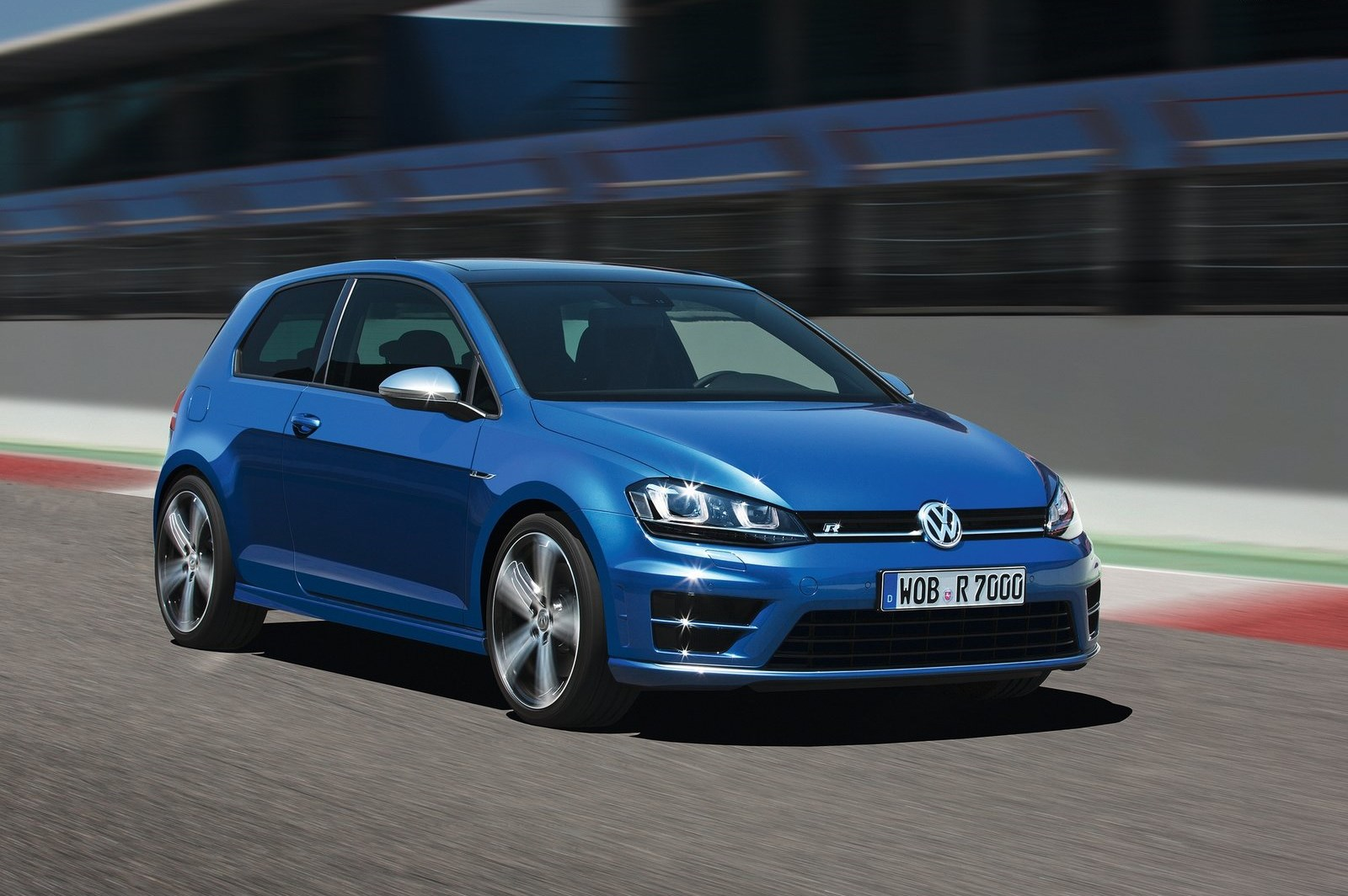 golf r front angle motion